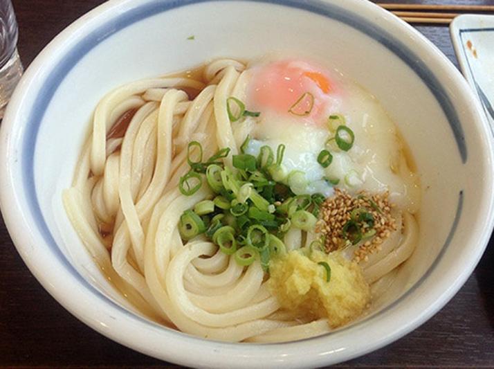 高松空港内「さぬき麺業」のうどんが空港でも納得の旨さ【香川旅行】