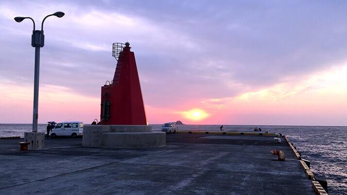 ナンヨウカイワリに赤ブダイ!夜はサバが好釣だぃ|神津島釣りキャンプ