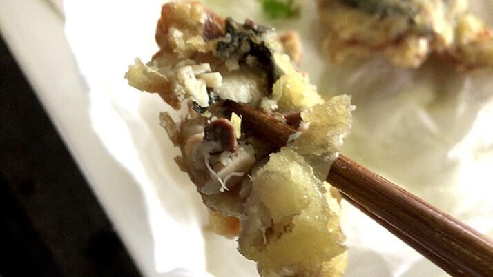 サバとカワハギの干物を天ぷらに!旨味が強くこれが美味|神津島釣りキャンプ