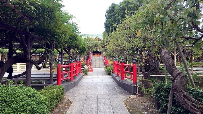 亀戸天神社 菅原道真を祀った学問の神として親しまれる下町の天神さま
