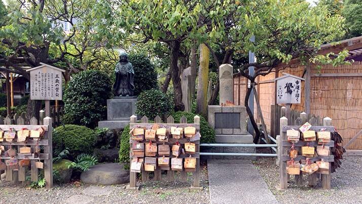亀戸天神社|菅原道真を祀った学問の神として親しまれる下町の天神さま