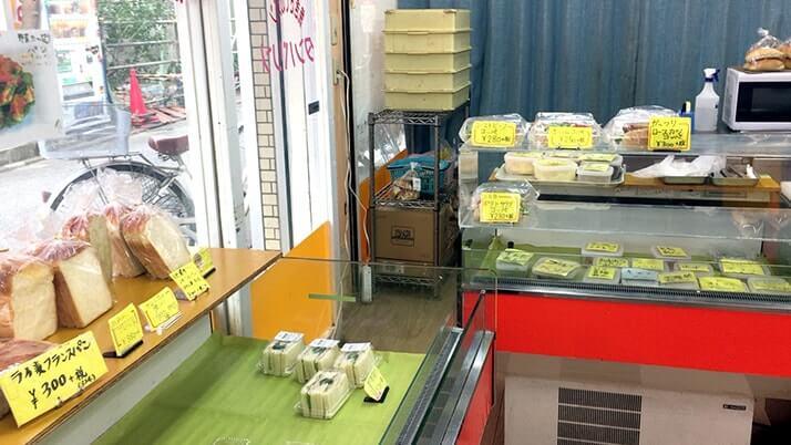 立石のパン屋「タンバリン」の菓子・惣菜パンとサンドウィッチ