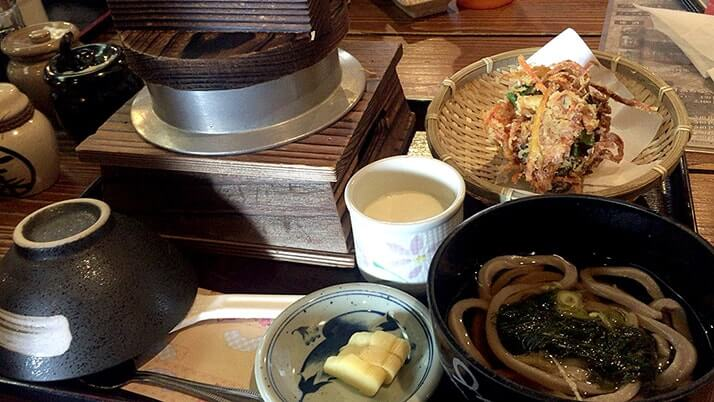 新潟「かま炊きめしや こめ太郎」でいただく地鶏釜めし御膳