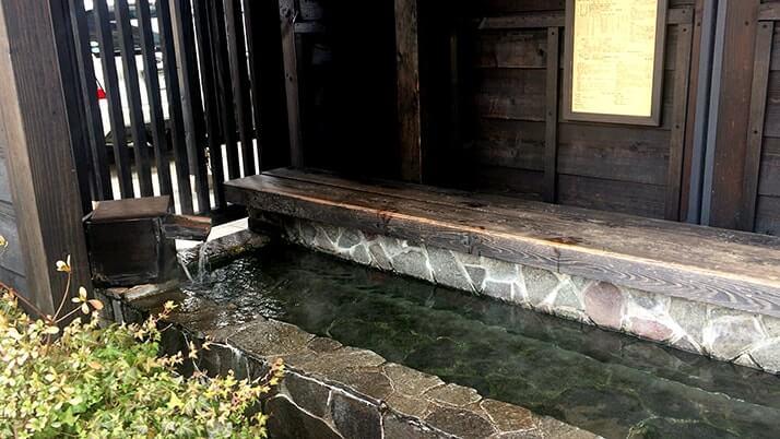 越後湯沢駅前の素敵カフェ「水屋」の温泉珈琲と湯澤るうろ