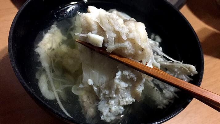 釣ったヒラメの薄造り・潮汁と小サバの天ぷら…〆はヒラメ茶漬け!