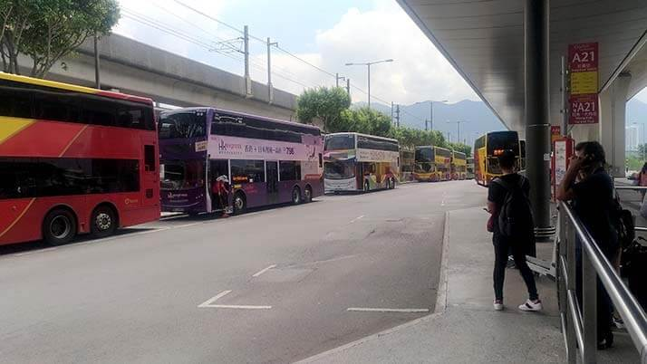 香港国際空港から重慶大厦へA21バスで移動!利用方法とバスの車窓からの様子