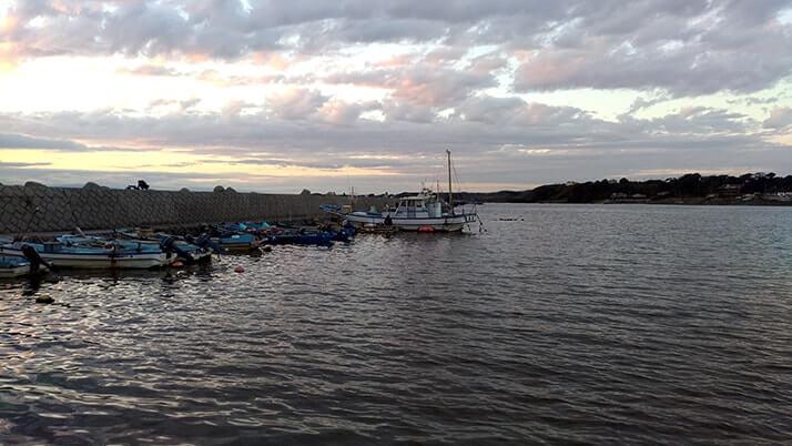 三戸浜海岸で釣りキャンプ!釣りとキャンプを同時に楽しめるスポット【神奈川三浦半島】