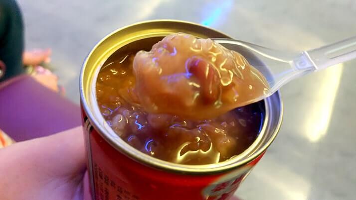 深夜の台北桃園空港で空腹問題!店は閉店…救世主は自動販売機!?