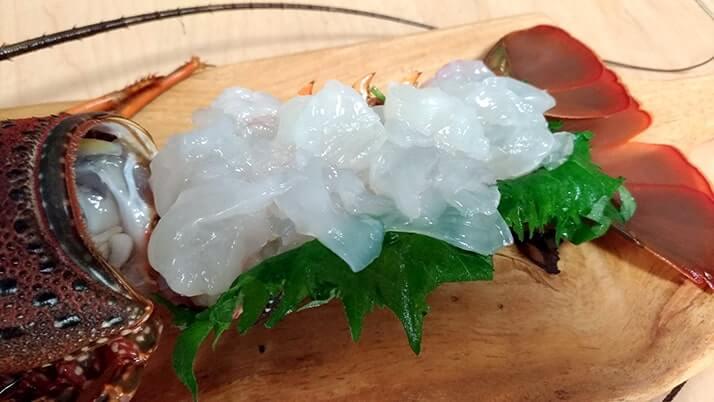 伊勢海老の捌き方は簡単!伊勢海老料理・刺身&マヨ焼きが絶品