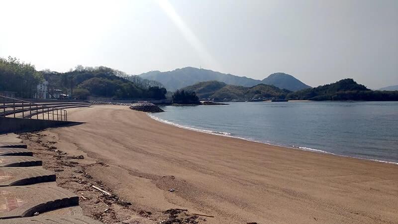 離島「佐木島」で海を見ながら駅弁!と、島唯一のパン屋さん【広島三原旅】