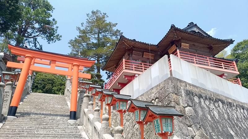 久井稲生神社|伏見稲荷大社の分霊としては最も古い神社【広島三原旅】