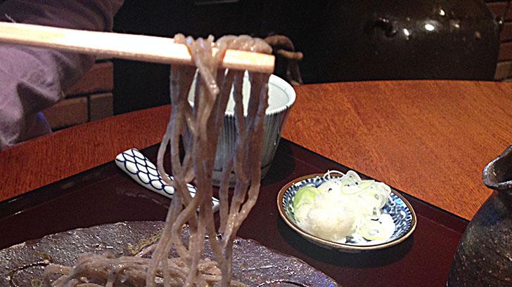 立石『玄庵(げんあん)』でいただく土日限定の粗挽き蕎麦