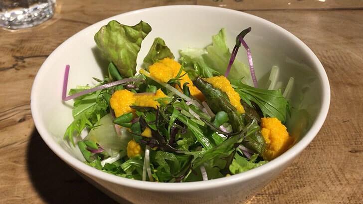 国分寺『カフェスロー』ゆったりと温かみのある空間と旬の野菜が美味しい料理