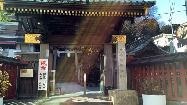 パワースポット王子稲荷神社と装束稲荷神社【大晦日おすすめイベントも】