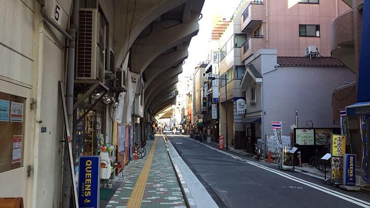浅草橋から秋葉原の『マーチエキュート神田万世橋店』へ