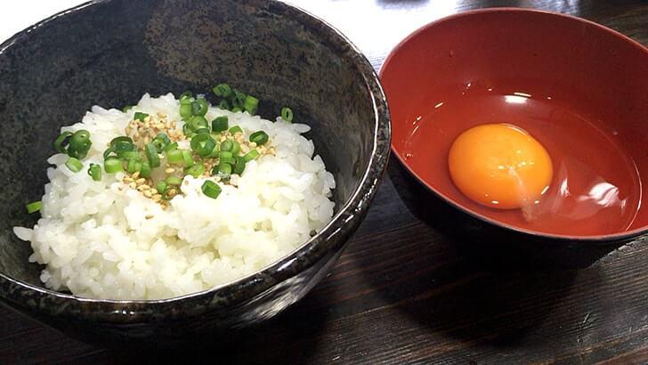 立石『黒門(くろもん)』白湯鶏そばとこだわり卵TKG
