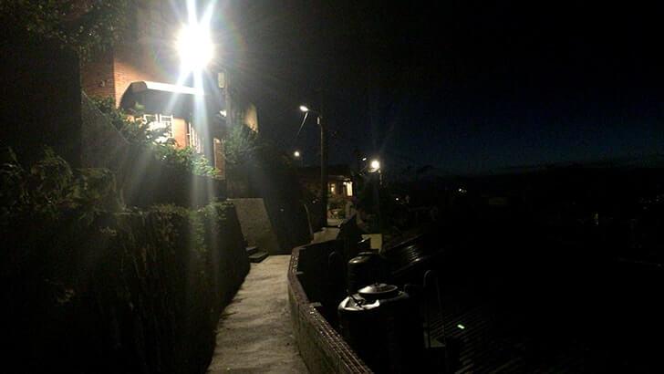 九份散策 - 中心部を離れ夕日と灯る街の灯りが織りなす絶景を堪能