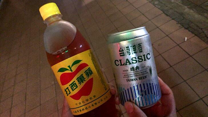 【台湾】ローカル感漂う大龍夜市で意麺など屋台飯を頬張る!